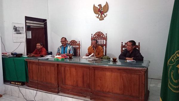 Wakil Ketua PTA Manado Lakukan Pembinaan di PA Manado