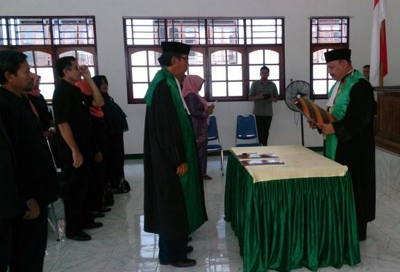 Pelantikan Hakim di Pengadilan Agama Manado