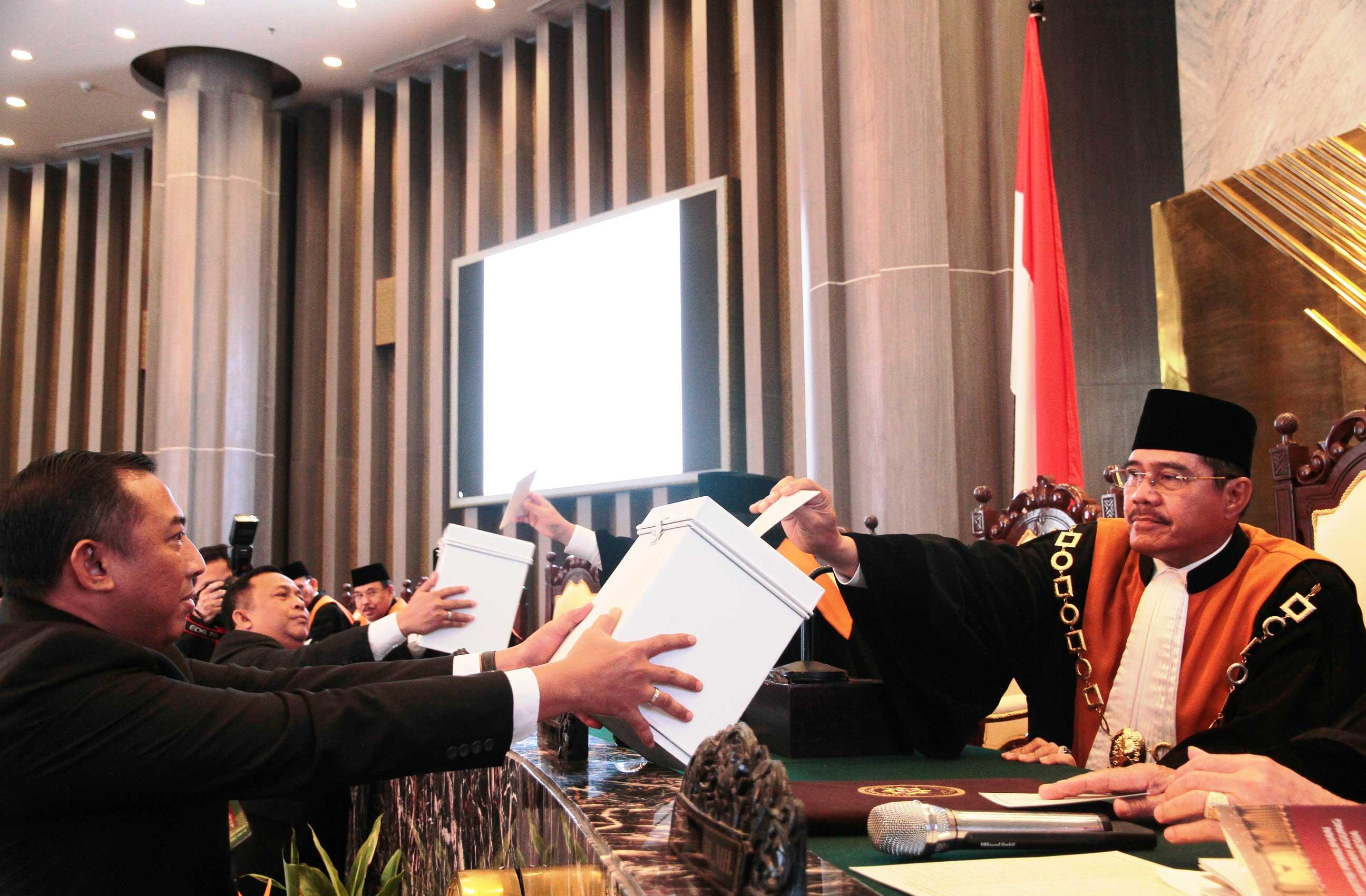 [MARI] Hatta Ali Terpilih Menjadi Ketua Mahkamah Agung 2017-2020