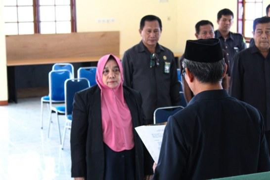 Pelantikan Panitera Pengganti Sukarni Suma S.HI