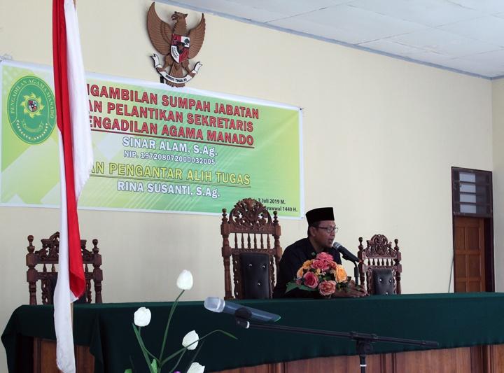 Pelantikan dan Serah Terima Jabatan Sekretaris Pengadilan Agama Manado